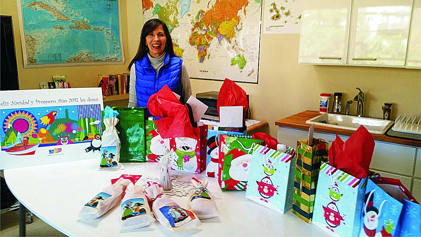 Con regalos para los alumnos 1